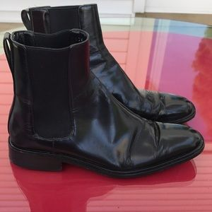 Gucci black leather boots made in Italy 🇮🇹